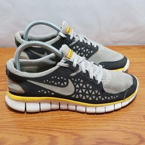 Nike Free Live Strong Running Shoes